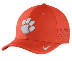 Nike College Coach Cap
