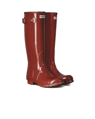 Hunter Boots Original Tall Gloss Boot in Red, Size 6