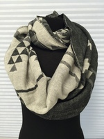 Reversible Eternity BlackWhite Scarf
