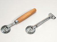 Fluted Pastry Wheel w wood handle