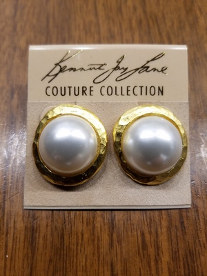 Pearl Button Earrings